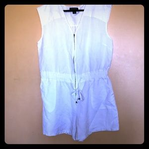 ASHLEY STEWART WHITE ROMPER WITH ZIPPER FRONT SZ18